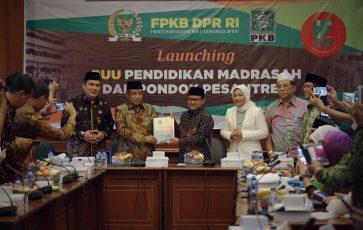 Ulang Tahun Ke 17, FPKB Hadiahkan RUU Pendidikan Pesantren dan Madrasah Untuk Santri Indonesia