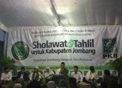 Ketum Majelis Pesona Ajak Warga Jombang Bersalawat Doakan Muktamar ke 33 NU